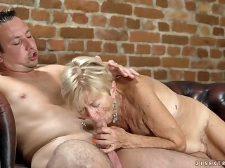Saggy tits are sexy on a load of shit riding granny
