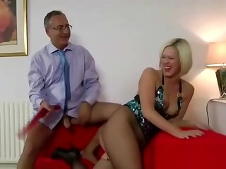Older guy fucks glamorous milf up fishnets