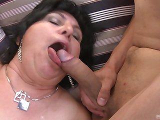 massive tits mature gives nonpareil tit job and a blowjob to her friends