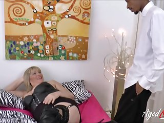 Busty beauteous grown-up gets big black cock deep inside her vagina