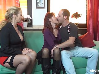 Horny mature knows how to satisfy all sexual desires of her friend