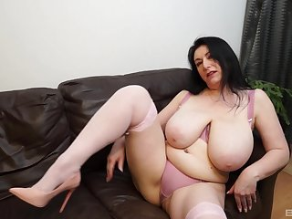 Solo play by BBW sunless turn this way you will surely enjoy