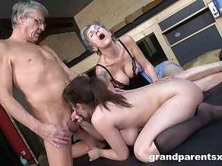 Dirty foursome bonking close by an older couple and a down in the mouth chick